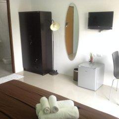 Отель Ezy House Patong удобства в номере фото 6