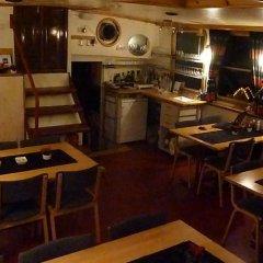Отель Hotelboat Allure Нидерланды, Амстердам - отзывы, цены и фото номеров - забронировать отель Hotelboat Allure онлайн развлечения
