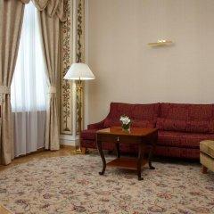 Гостиница Hilton Москва Ленинградская 5* Представительский люкс с различными типами кроватей фото 15