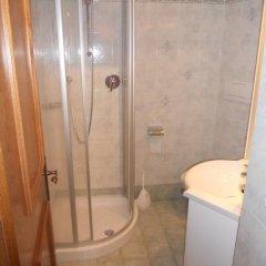 Отель Haus Kofler Рачинес-Ратскингс ванная фото 2