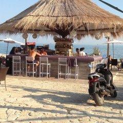 Отель Samara Beach Apartment Болгария, Балчик - отзывы, цены и фото номеров - забронировать отель Samara Beach Apartment онлайн пляж фото 2