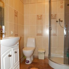 Гостиница Изборск Парк в Изборске отзывы, цены и фото номеров - забронировать гостиницу Изборск Парк онлайн ванная