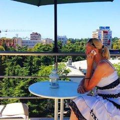 Гостиница Central Yozh в Сочи 3 отзыва об отеле, цены и фото номеров - забронировать гостиницу Central Yozh онлайн балкон