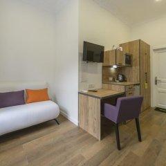 Гостиница Partner Guest House Khreschatyk 3* Студия с различными типами кроватей фото 26
