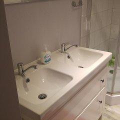 Отель AdMatch Niepodleglosci Rooms Metro Варшава ванная фото 2