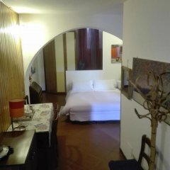 Отель B&b Al Giardino Di Alice 2* Стандартный номер фото 28