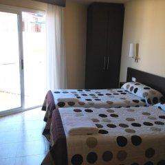 Отель Hostal Sant Sadurní Стандартный номер с 2 отдельными кроватями фото 3