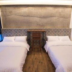 Отель Glur Bangkok Стандартный номер разные типы кроватей фото 11