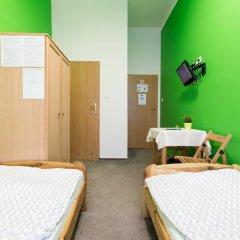 Moon Hostel Стандартный номер с 2 отдельными кроватями