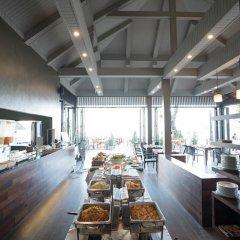 Отель Tonsai Bay Resort гостиничный бар