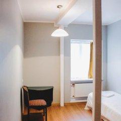 Отель 16eur - Fat Margaret's комната для гостей фото 2