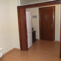 Отель Campomanes Apartaments Испания, Мадрид - отзывы, цены и фото номеров - забронировать отель Campomanes Apartaments онлайн удобства в номере фото 2