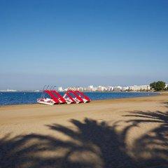 Отель Apartaments Terraza - Salatà Mar Испания, Курорт Росес - отзывы, цены и фото номеров - забронировать отель Apartaments Terraza - Salatà Mar онлайн пляж фото 2