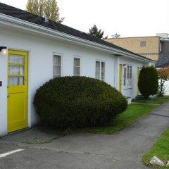 Отель 2400 Motel Канада, Ванкувер - отзывы, цены и фото номеров - забронировать отель 2400 Motel онлайн парковка