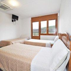 Отель Hostal Apolo XI Испания, Аинса - отзывы, цены и фото номеров - забронировать отель Hostal Apolo XI онлайн комната для гостей фото 3