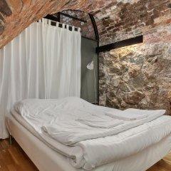 Отель Old Town Lodge Кровать в общем номере с двухъярусной кроватью фото 10