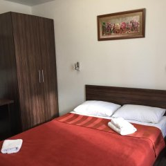 Гостиница Авиатор Стандартный семейный номер с разными типами кроватей