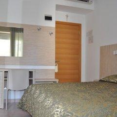 Hotel Plaza 3* Стандартный номер с двуспальной кроватью фото 10