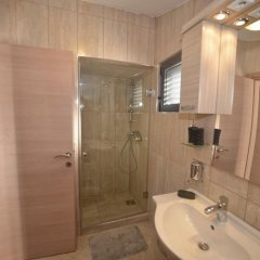 Апартаменты Dekaderon Lux Apartments ванная фото 2