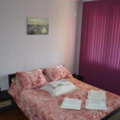 Апартаменты White Lagoon Beach Apartment Балчик комната для гостей