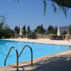 Отель Misafir Evi бассейн фото 2