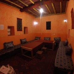 Отель Chez Les Habitants Марокко, Мерзуга - отзывы, цены и фото номеров - забронировать отель Chez Les Habitants онлайн развлечения
