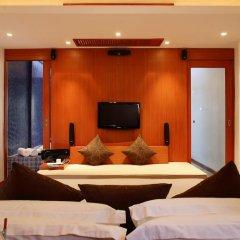 Отель La Flora Resort Patong 5* Номер Делюкс двуспальная кровать фото 2