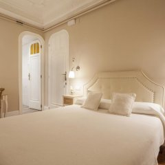 Отель B&B Hi Valencia Boutique 3* Стандартный номер с различными типами кроватей фото 30