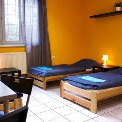 Хостел Seven Prague Номер с общей ванной комнатой с различными типами кроватей (общая ванная комната) фото 47