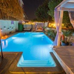 Kirlance Hotel Чешме бассейн