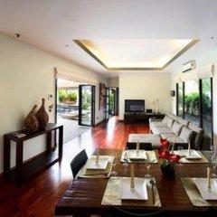 Отель Villa Suksan Nai Harn 3* Вилла с различными типами кроватей фото 9