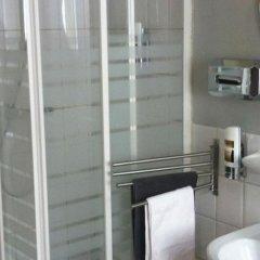 Отель Bed & Coffee Бельгия, Антверпен - отзывы, цены и фото номеров - забронировать отель Bed & Coffee онлайн ванная фото 2