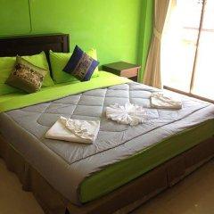 Отель Thana Patong Guesthouse 2* Стандартный номер с различными типами кроватей