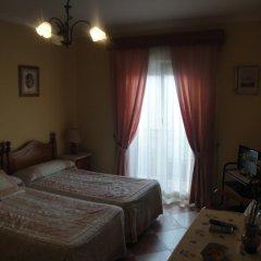 Отель Hostal Málaga Стандартный номер с двуспальной кроватью фото 12