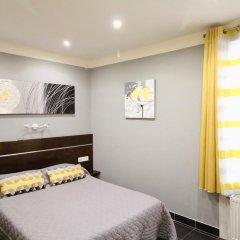 Hotel Des Pyrenees Париж комната для гостей фото 4