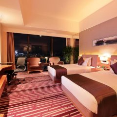 Отель Huaqiang Plaza Hotel Shenzhen Китай, Шэньчжэнь - 1 отзыв об отеле, цены и фото номеров - забронировать отель Huaqiang Plaza Hotel Shenzhen онлайн комната для гостей фото 4