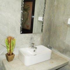 Отель Raj Mahal Inn Шри-Ланка, Ваддува - отзывы, цены и фото номеров - забронировать отель Raj Mahal Inn онлайн ванная