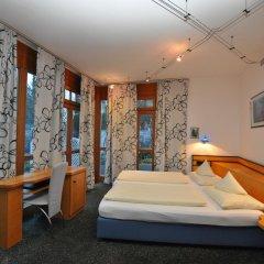 Отель Villa Waldperlach Германия, Мюнхен - отзывы, цены и фото номеров - забронировать отель Villa Waldperlach онлайн спа