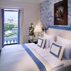 Hotel Sacher 5* Номер Делюкс с двуспальной кроватью