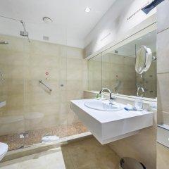 Отель NH Milano Touring 4* Улучшенный номер разные типы кроватей фото 40