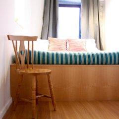 Отель YOURS GuestHouse Porto 4* Стандартный номер с двуспальной кроватью фото 6