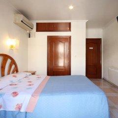 Отель Hostal Casa Bueno Испания, Мадрид - отзывы, цены и фото номеров - забронировать отель Hostal Casa Bueno онлайн комната для гостей