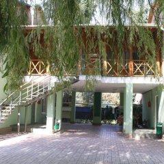 Гостиница Baza Otdyha Lukomorye в Анапе отзывы, цены и фото номеров - забронировать гостиницу Baza Otdyha Lukomorye онлайн Анапа парковка