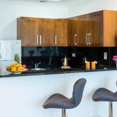 Отель Jannah Marina Bay Suites Улучшенная студия с различными типами кроватей