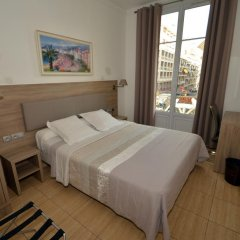 Hotel Parisien 2* Улучшенный номер с двуспальной кроватью фото 2