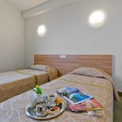Green Vilnius Hotel 3* Стандартный номер с 2 отдельными кроватями фото 12