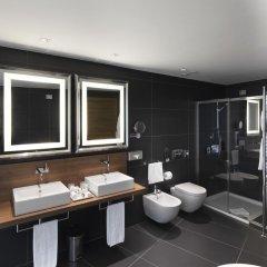 Отель NH Collection Milano President 5* Номер категории Премиум с различными типами кроватей фото 12