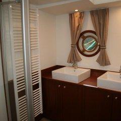 Отель Prinsenboot Нидерланды, Амстердам - отзывы, цены и фото номеров - забронировать отель Prinsenboot онлайн ванная