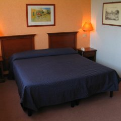 Отель Villa Eur Parco Dei Pini 3* Стандартный номер с двуспальной кроватью