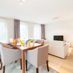 Апартаменты Sweet Inn Apartments Major Rene Dubreucq комната для гостей фото 2